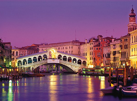 Venice Fun Facts – Sandals and Boots